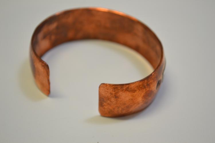 Lot 182: Navajo Copper Sterling Horse Motif Cuff Bracelet Signed Dl