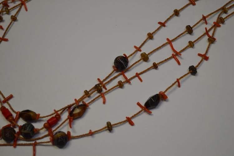 Lot 188: Vintage Native American Coral And Glass Beaded Necklace
