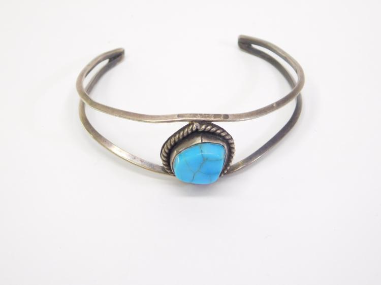 Vintage Navajo Sterling and Turquoise Childrens Bracelet 8g