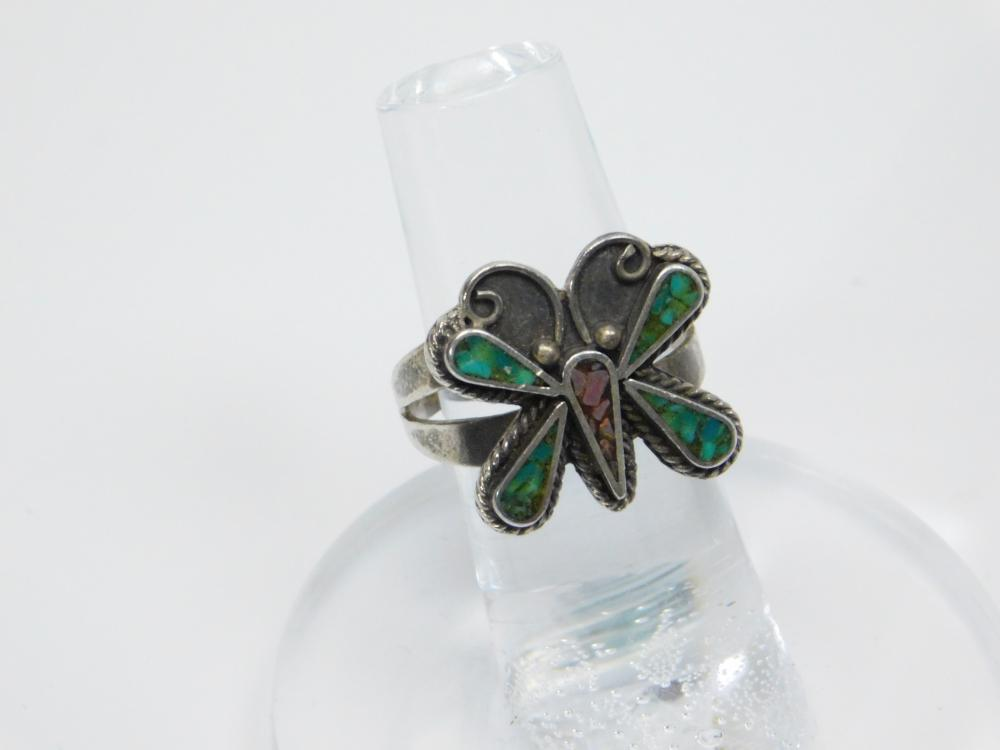 Lot 26: Vintage Native American Sterling Silver Turquoise Coral Chip Inlay Butterfly Ring 5.2G Sz7.5