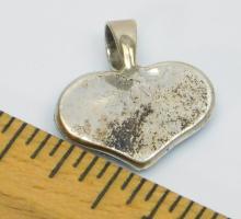 Lot 32: Vintage Native American Zuni Irene Simplicio Sterling Silver Inlaid Opal Heart Pendant 2.4G