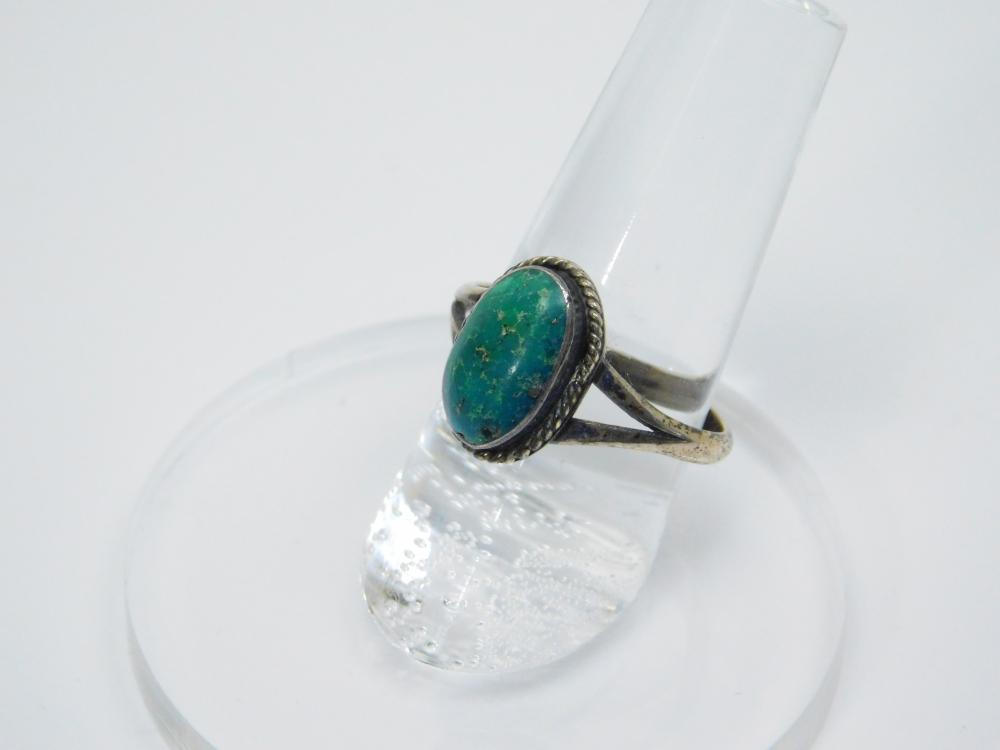 Lot 49: Vintage Native American Navajo Sterling Silver Turquoise Ring 3.4G Sz8.5