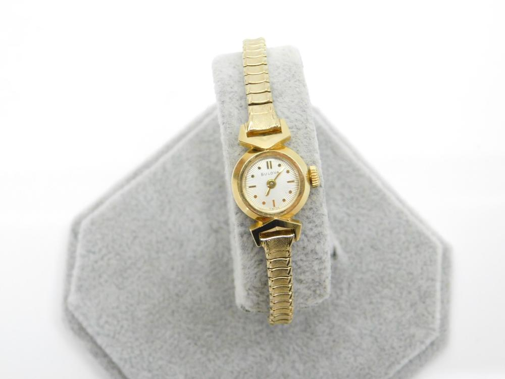 Vintage Bulova 14K Gold Case Ladies Wind Up Watch 12.3G