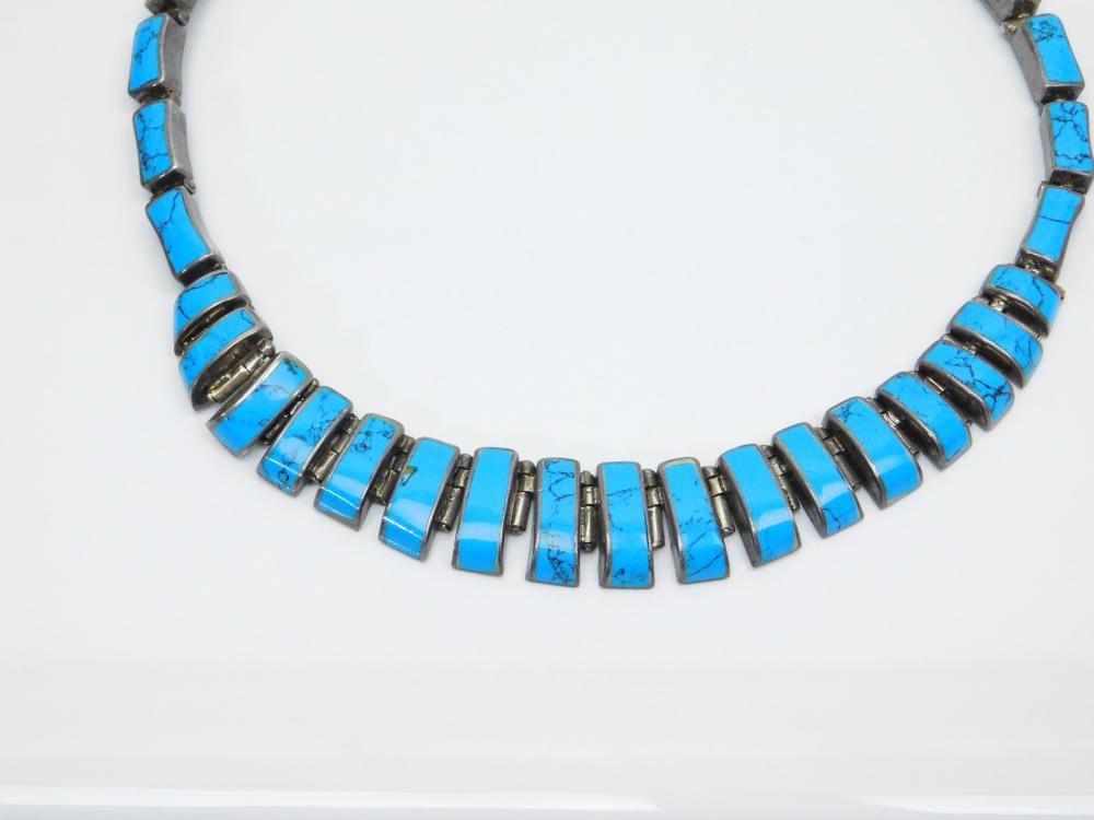 Lot 92: Vintage Taxco Mexico Sterling 950 Silver Inlaid Turquoise Hinged Panel Necklace 114.5G