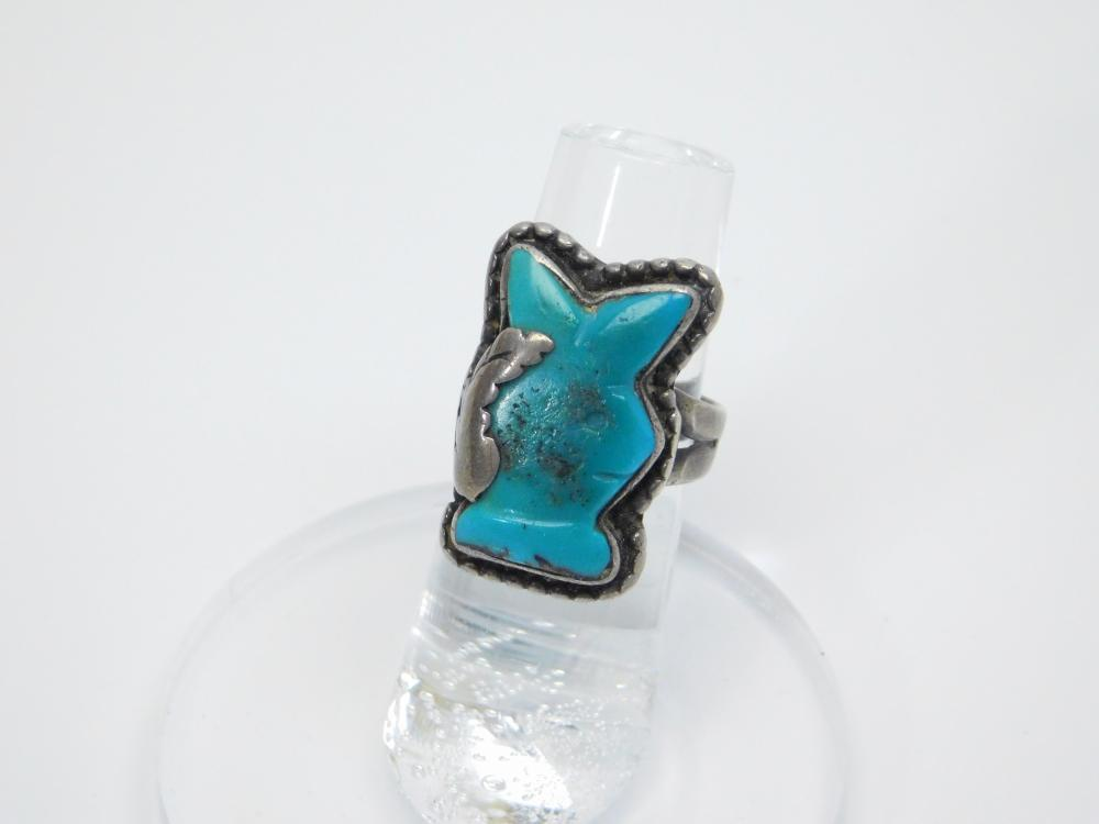 Lot 95: Vintage Native American Navajo Sterling Silver Turquoise Playboy Bunny Ring 8.2G Sz6