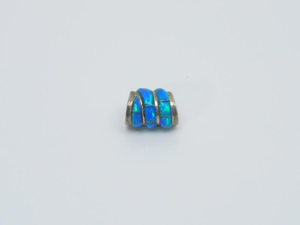 Lot 100: Native American Zuni Sterling Silver Opal Spiral Overlay Slide Bead Pendant 3.3G