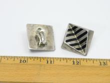 Lot 106: Vintage Taxco Mexico Art Deco Black Enamel Striped Clip On Earrings 22.4G