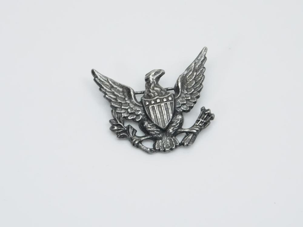 Lot 109: Vintage Ww2 Sterling Silver Navy Eagle With Shield Brooch 4.6G