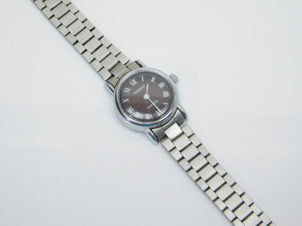 Lot 123: Vintage Tissot Ladies Quartz Wrist Watch