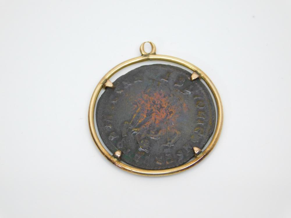 Lot 139: 240-410Ad Roman Empire Bronze Coin With 14K Gold Bezel Pendant 4.4G