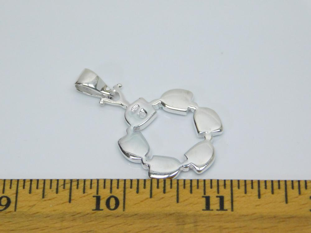 Lot 153: Sterling Silver Inlaid Opal Ring Fashion Pendant 4.9G