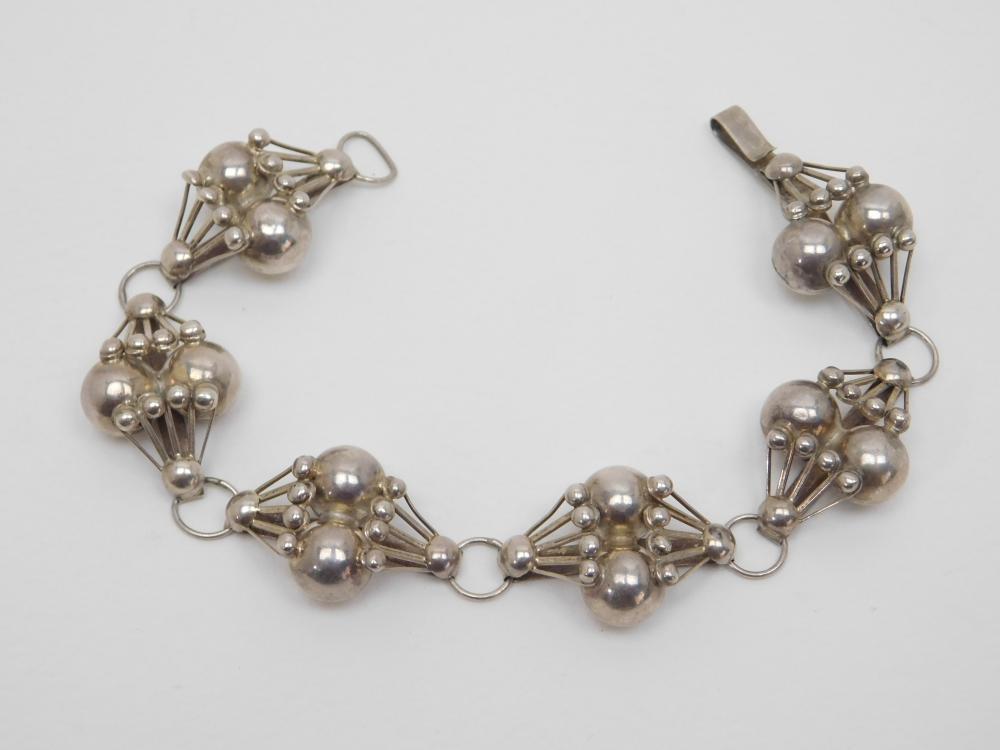 Vintage Mens Mexico Sterling Silver Mid Century Handmade Bench Bead Bracelet 20G