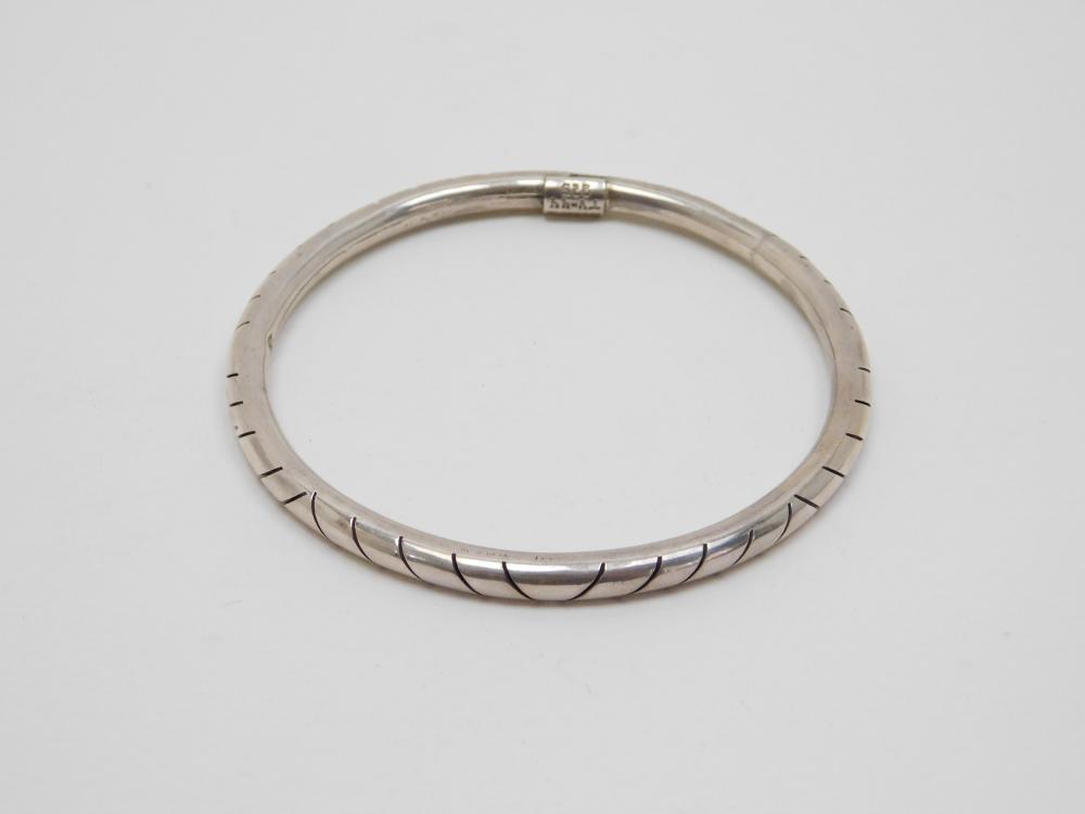 Vintage Taxco Mexico Sterling Silver Bangle Bracelet 18.2G
