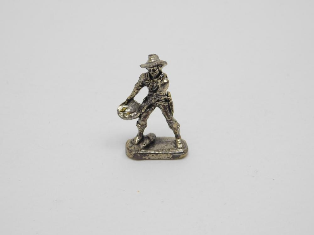 Miniature Sterling Silver Gold Miner Panning For Gold Figurine 4.3G
