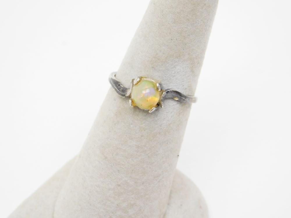 Vintage Sterling Silver Simulated Opal Ring 4G Sz7.25
