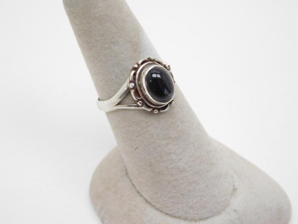 Sterling Silver Star Sapphire Ring 4G Sz8