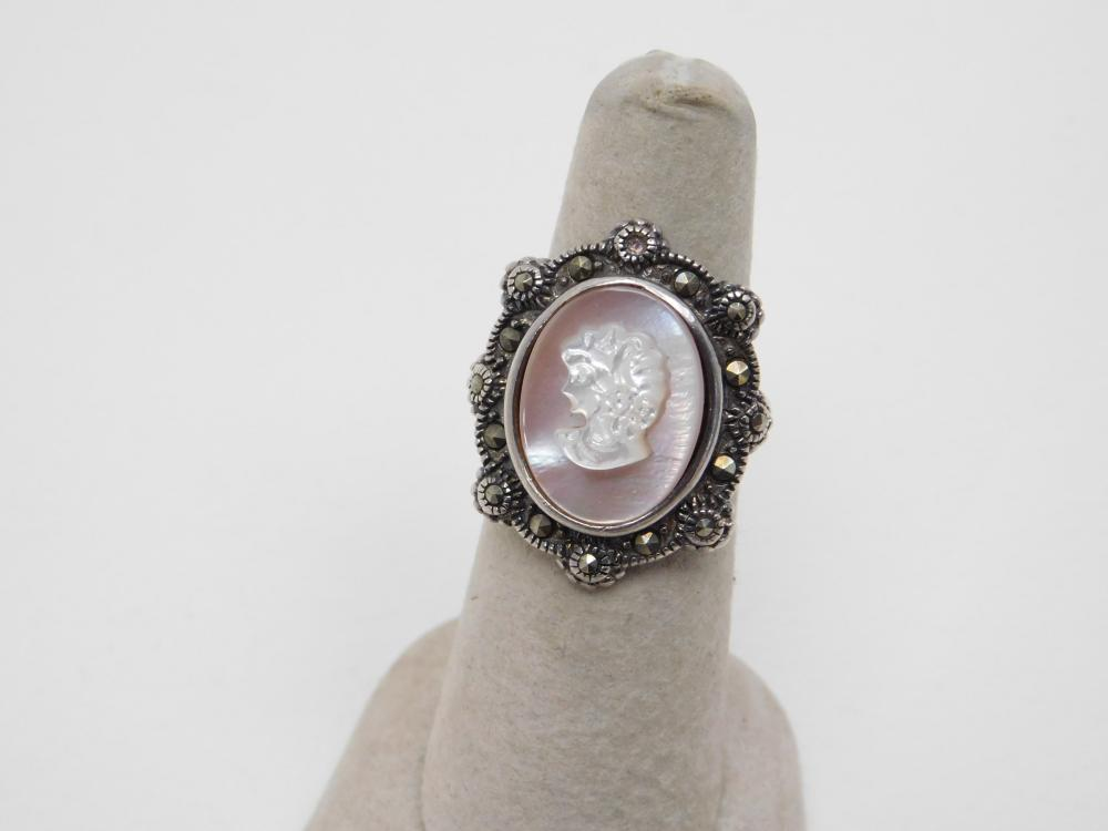 Vintage Thailand Nf Sterling Abalone Carved Cameo Marcasite Ring 8G Sz7.5