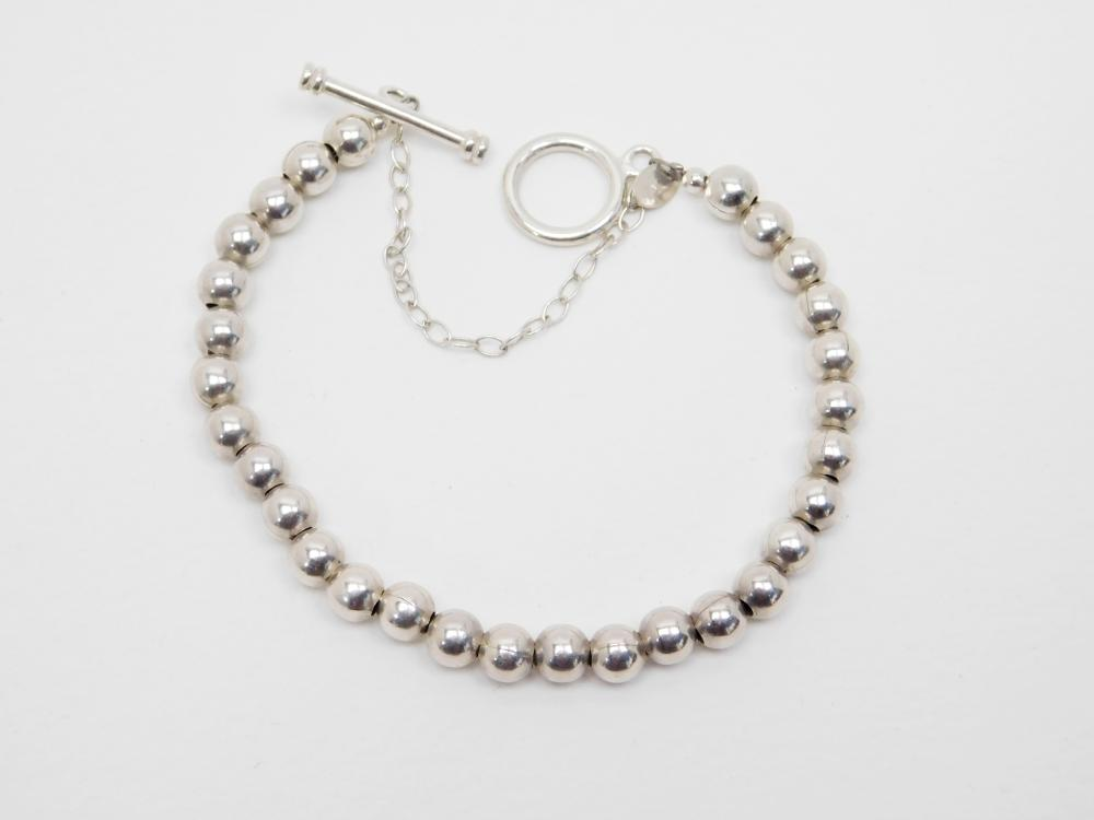 Silpada Sterling Silver Bead T Toggle Bracelet 17.5G
