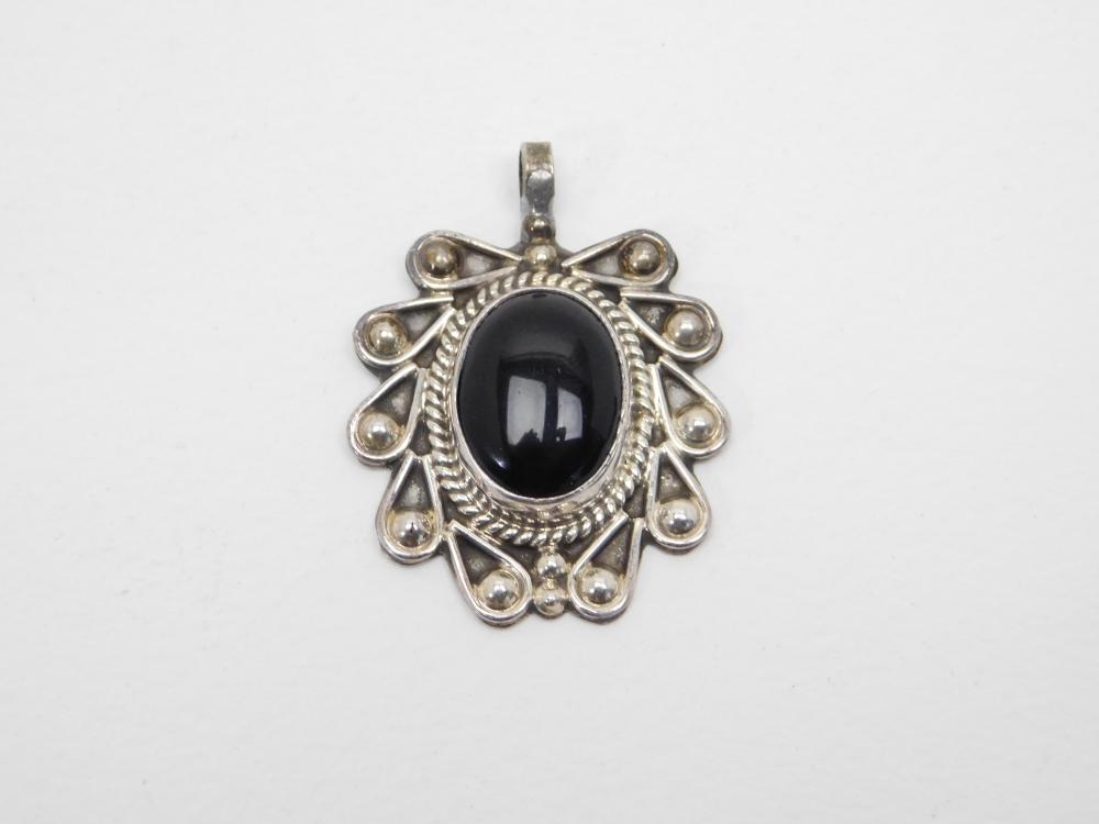 Vintage Taxco Mexico Sterling Silver Black Onyx Pendant 13.7G