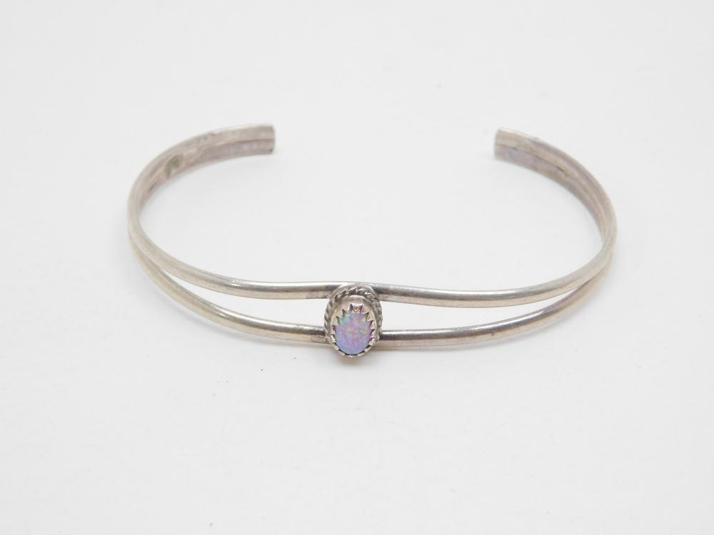 Vintage Native American Navajo Sterling Silver Opal Cuff Bracelet 8G