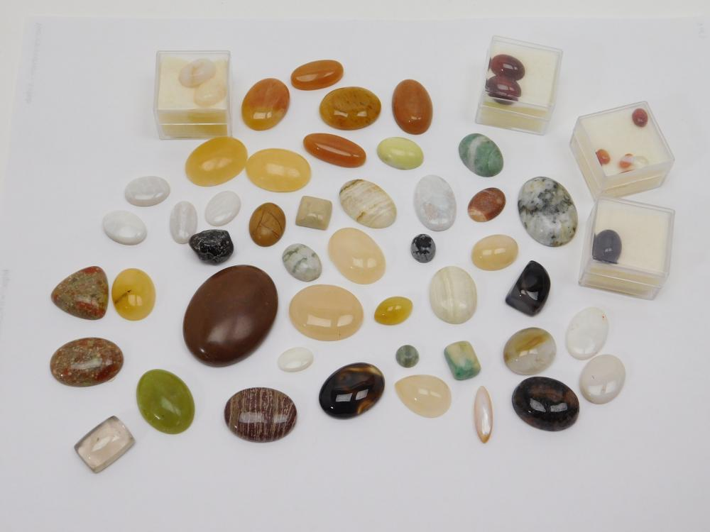 Large Mixed Lot Of Semiprecious Stone Cabachons For Jewelry Making