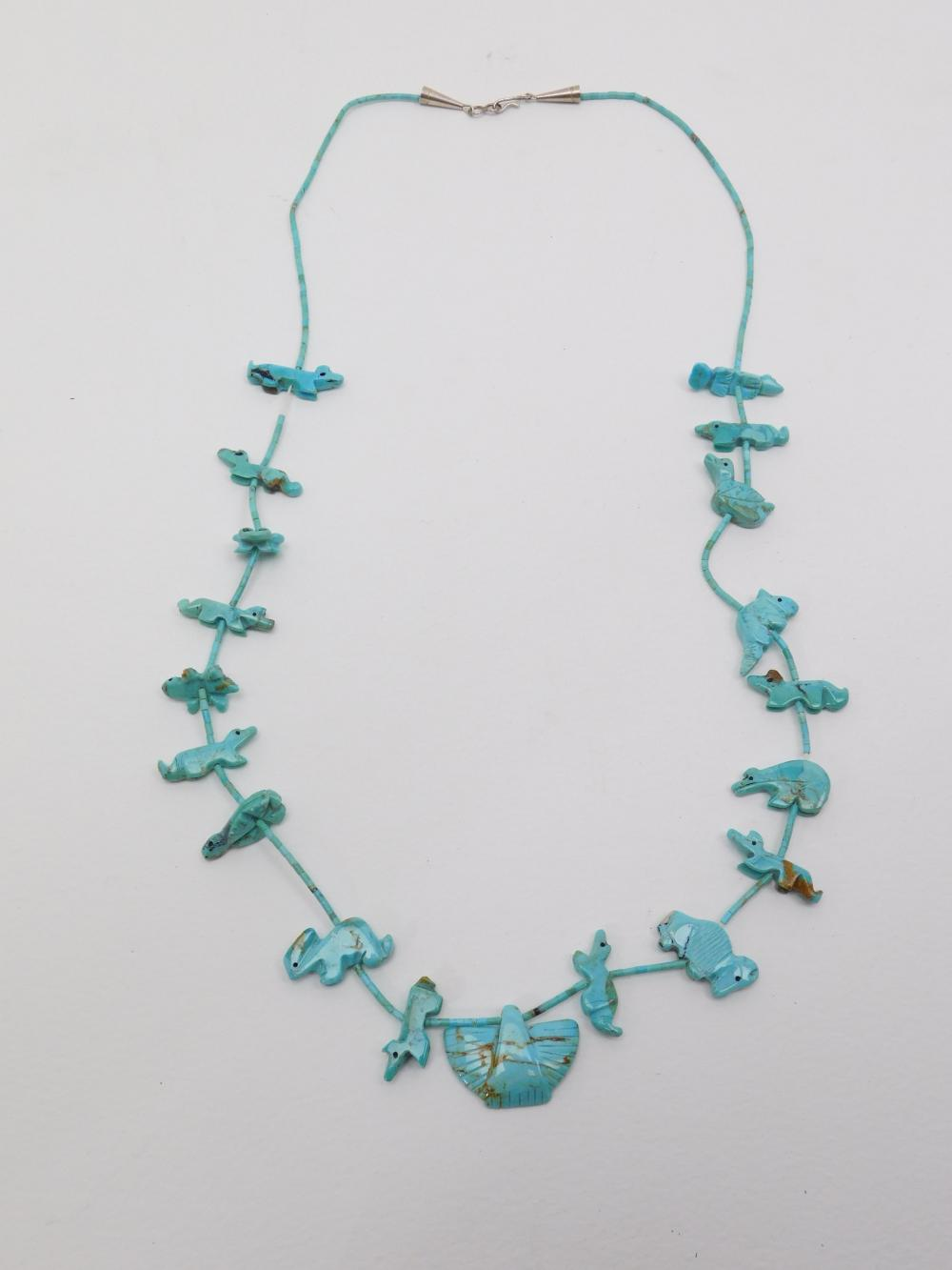 Vintage Native American Turquoise Carved Animal Fetish Becklace 28G