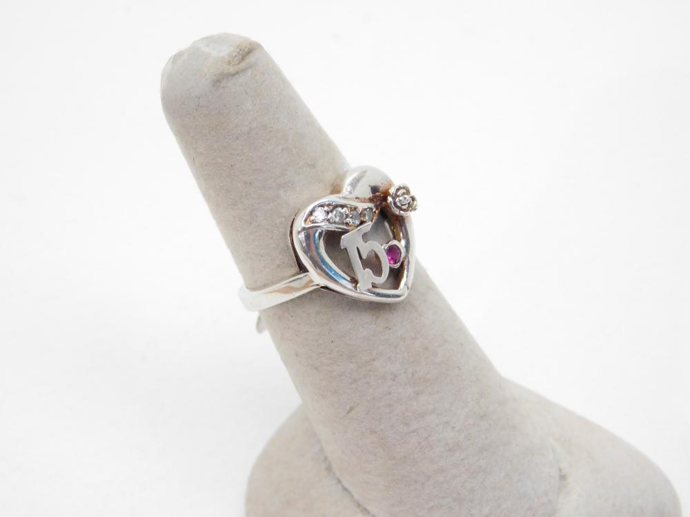 Sterling Silver 15 Heart Flower Ring 2.7G Sz7