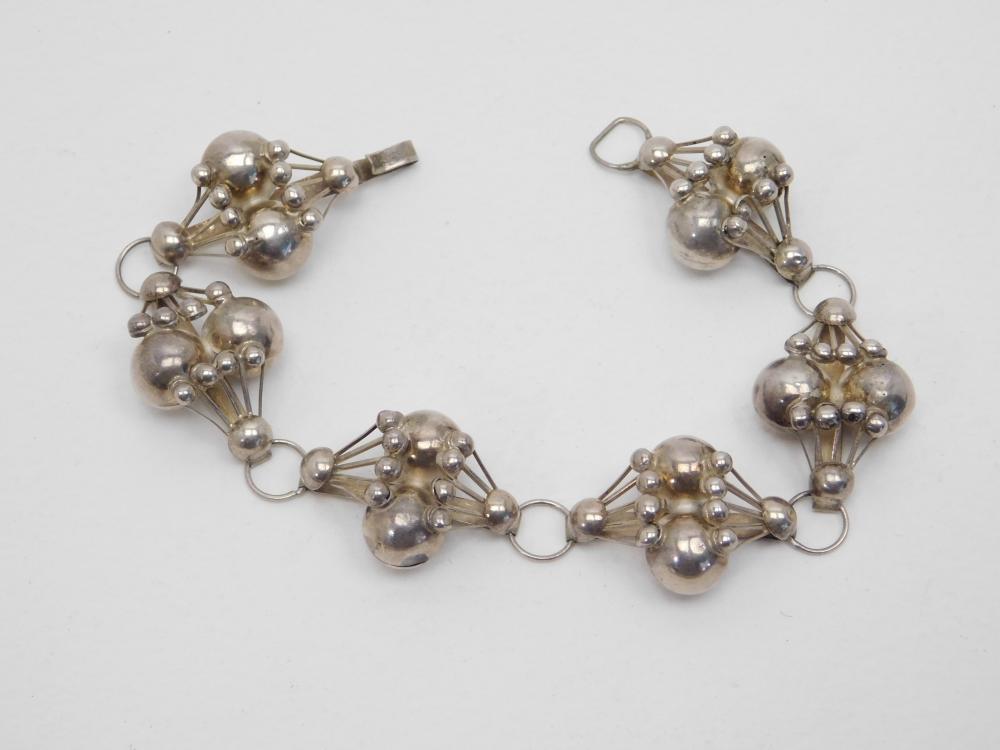 Vintage Mexico Sterling Silver Modernist Bench Bead Bracelet 17.5G