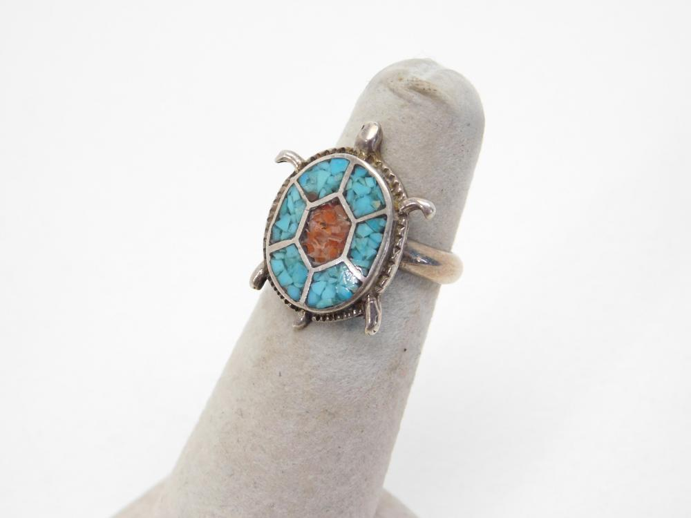 Vintage Native American Navajo Sterling Turquoise Coral Chip Inlay Turtle Ring 5.3G Sz5.5