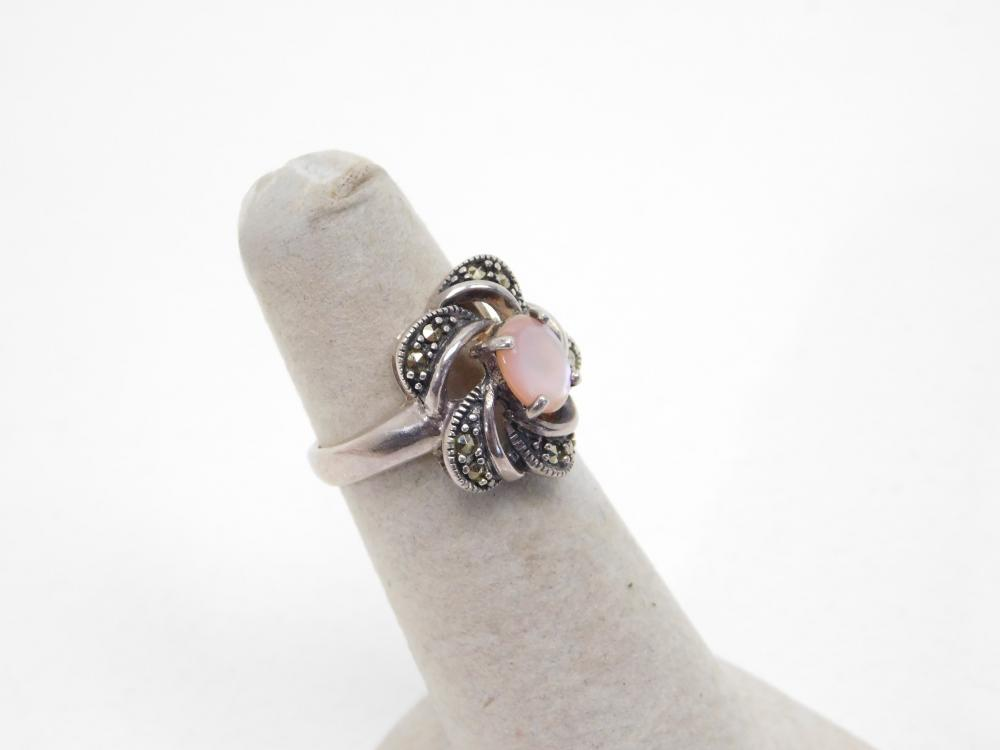 Sterling Silver Punk Mop Shell Marcasite Cluster Flower Ring 5.3G Sz6