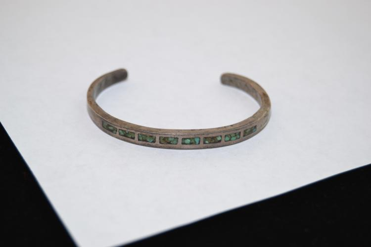 Vintage Navajo Sandcast Turquoise Chip Inlay Cuff Bracelet