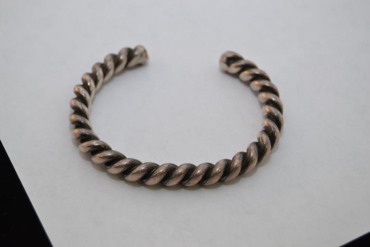 Vintage Navajo Sterling Heavy Twisted Cuff Bracelet