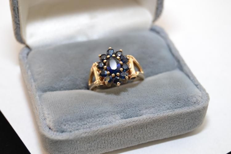 New 10 Karat Gold Blue Sapphire Fashion Ring 5.9 Grams Size 8