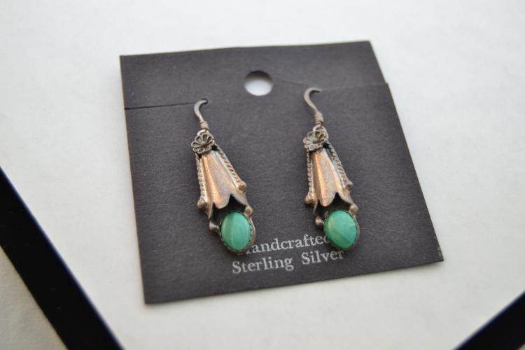 Vintage Navajo Circle Jw Sterling Malachite Squash Blossom Dangle Earrings