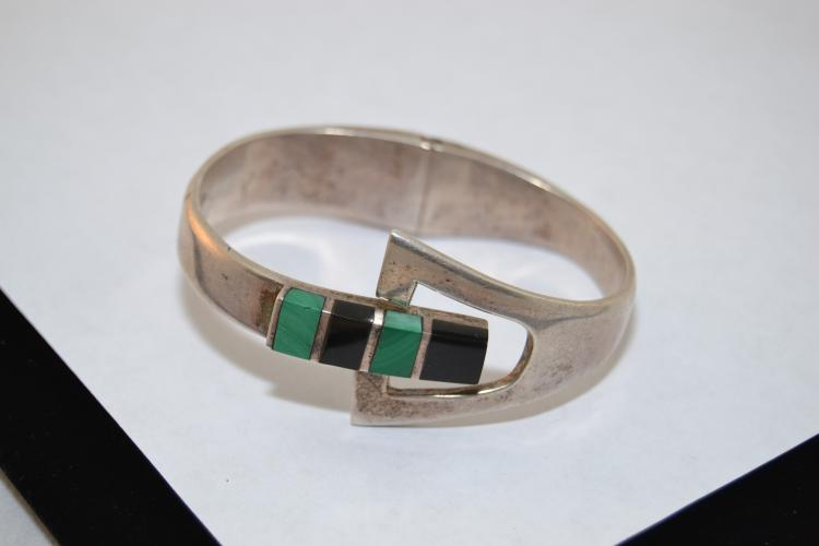 56G Vintage Taxco Mexico Jet And Malachite Modernist Style Heavy Clamp Bracelet