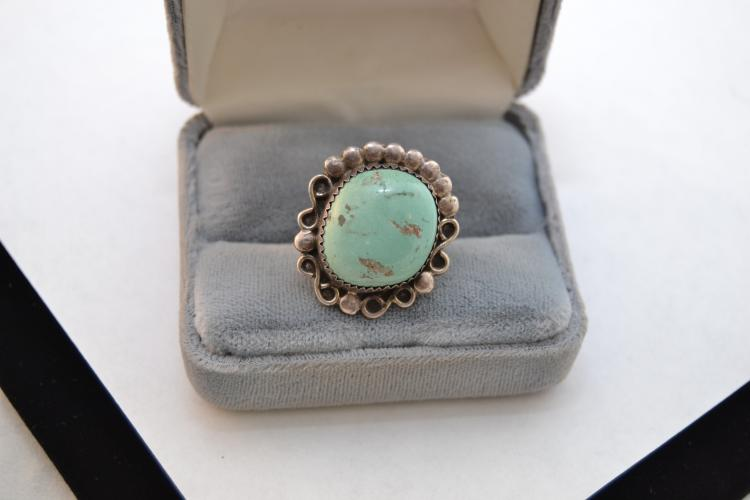 Vintage Sterling Turquoise Navajo Ring Size 5