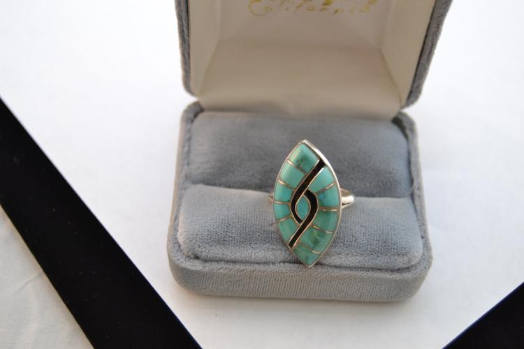 Vintage Eq Zuni Sterling Turquoise Inlaid Shadow Box Style Ring