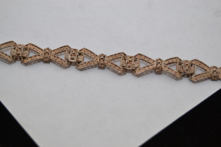 12.5G 800 Silver Chinese Export Filigree Bow Tie Link Bracelet