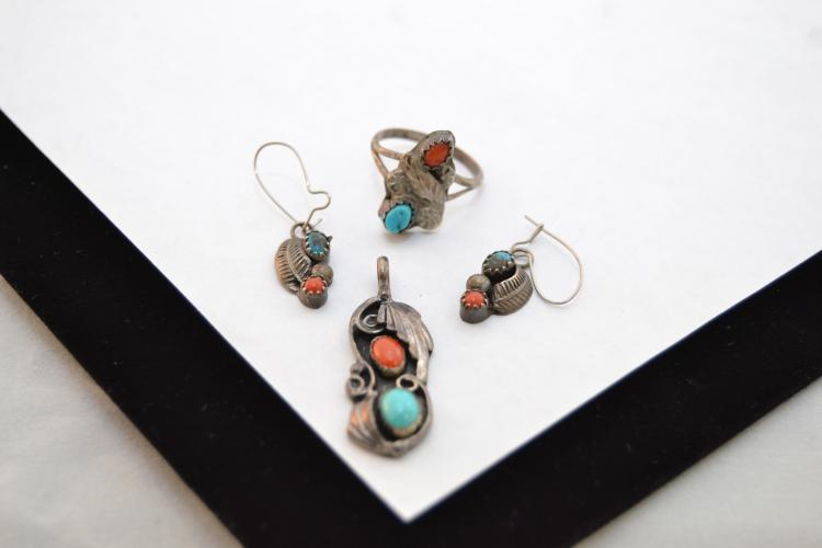 Vintage Navajo Sterling Turquoise Coral Pendant Earrings And Ring Suite