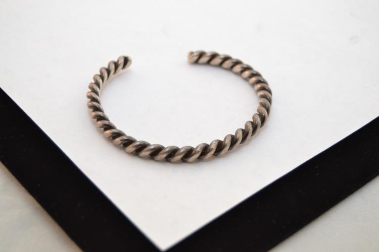 14.4G Vintage Navajo Sterling Silver Twisted Cuff Bracelet