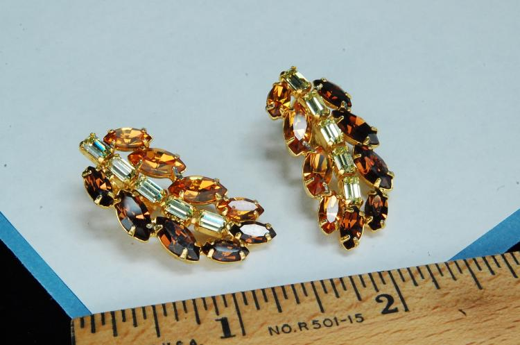 Lot 23: Vintage B David Amber Rhinestone Clip-On Earrings