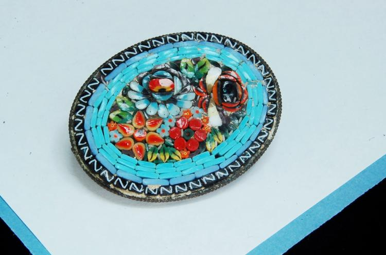 Vintage Ladies Micro-Mosaic Brooch