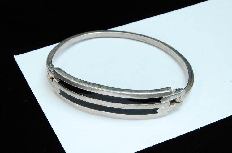 23g Sterling Ladies Inlaid Hinged Bangle Bracelet