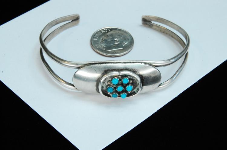 Lot 59: Vintage 11.5g Sterling Turquoise Navajo Bracelet