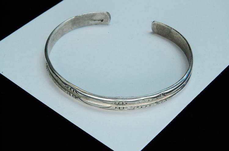 9.4g Sterling Navajo Stamped Cuff Bracelet