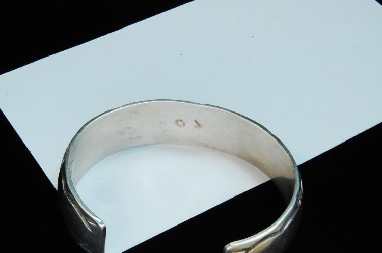 Lot 127: 27g Sterling Navajo Inlaid Signed CJ Cuff Bracelet