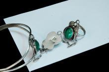 Lot 128: 19.5g Sterling Malachite Slave Bracelet Size 6