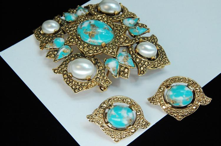 Vintage Sarah Coventry Brooch Earring Set