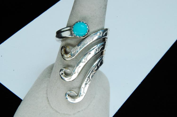 12g Sterling Turquoise Stamped Ring Size 9