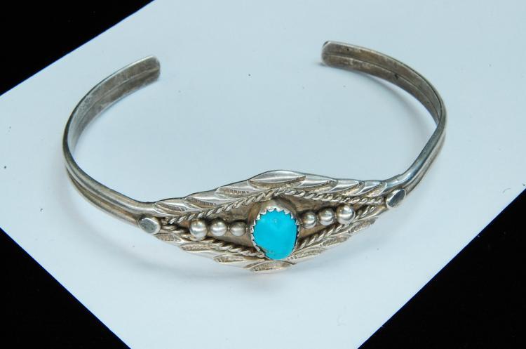 10g Sterling Turquoise Navajo Stamped Bracelet